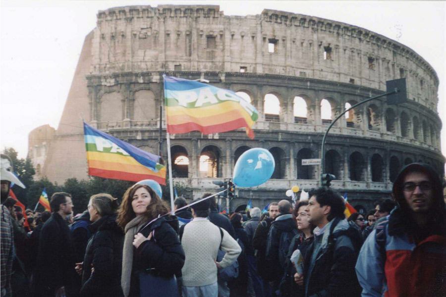 Anti-war protests by the Colosseum