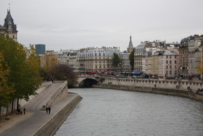 la-seine-autumn-day