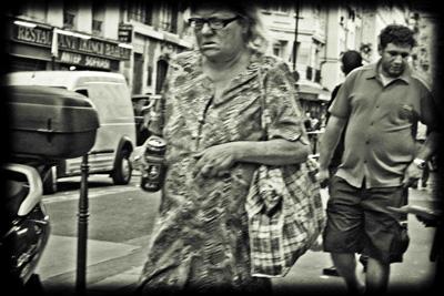 homeless-woman-paris