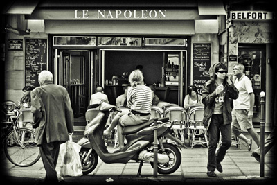 le-napoleon-cafe-rue-saint-denis