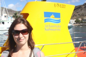 Sasha and the sunglasses-inducing yellow submarine