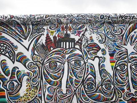 A Traveller\'s Guide To Street Art In Berlin | Urban Travel Blog