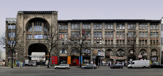 Berlin_Architecture_08_Tacheles_Wertheim