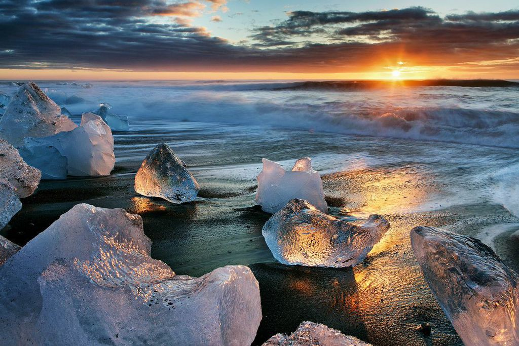A spectacular sunset over an Icelandic beach...