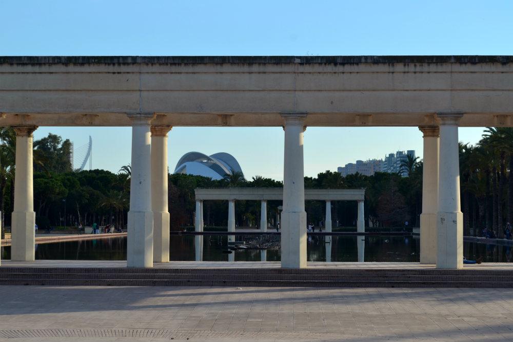 colonnades-turia-spain