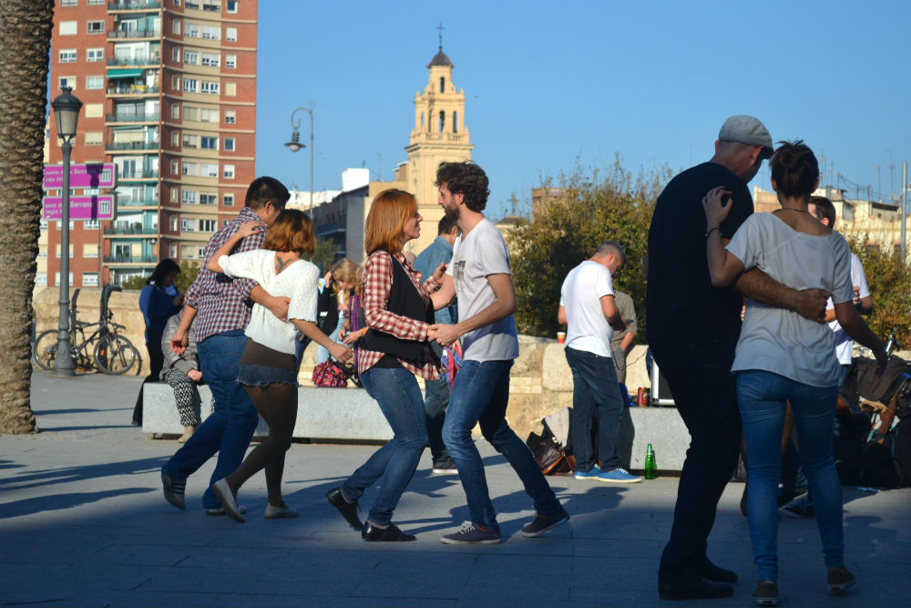dancing-in-valencia