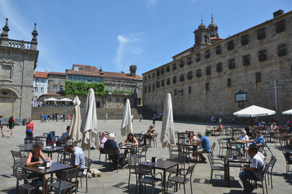 Enjoying a drink on Praza da Quintana square