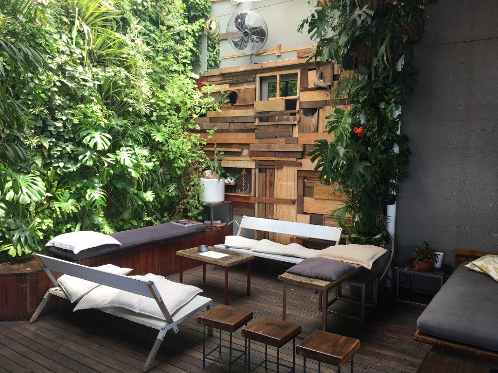 Long weekend in johannesburg urban travel blog for Living room maboneng