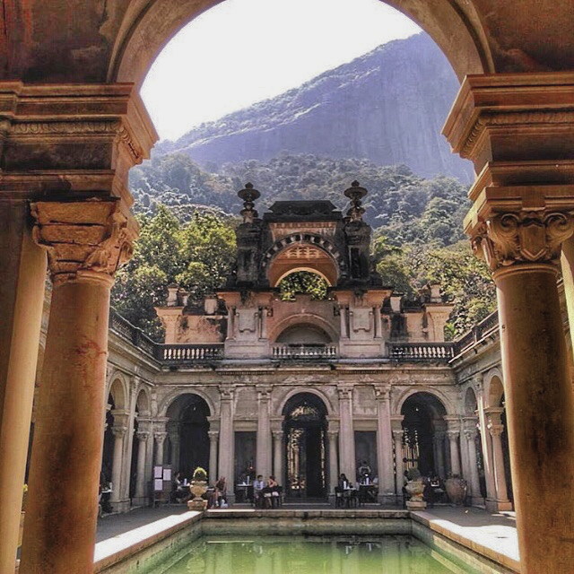 Larging it in Parque Lage