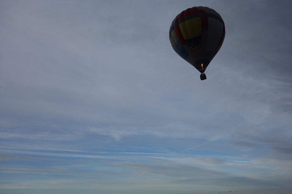 hot air balloon trakai castle Lithuania