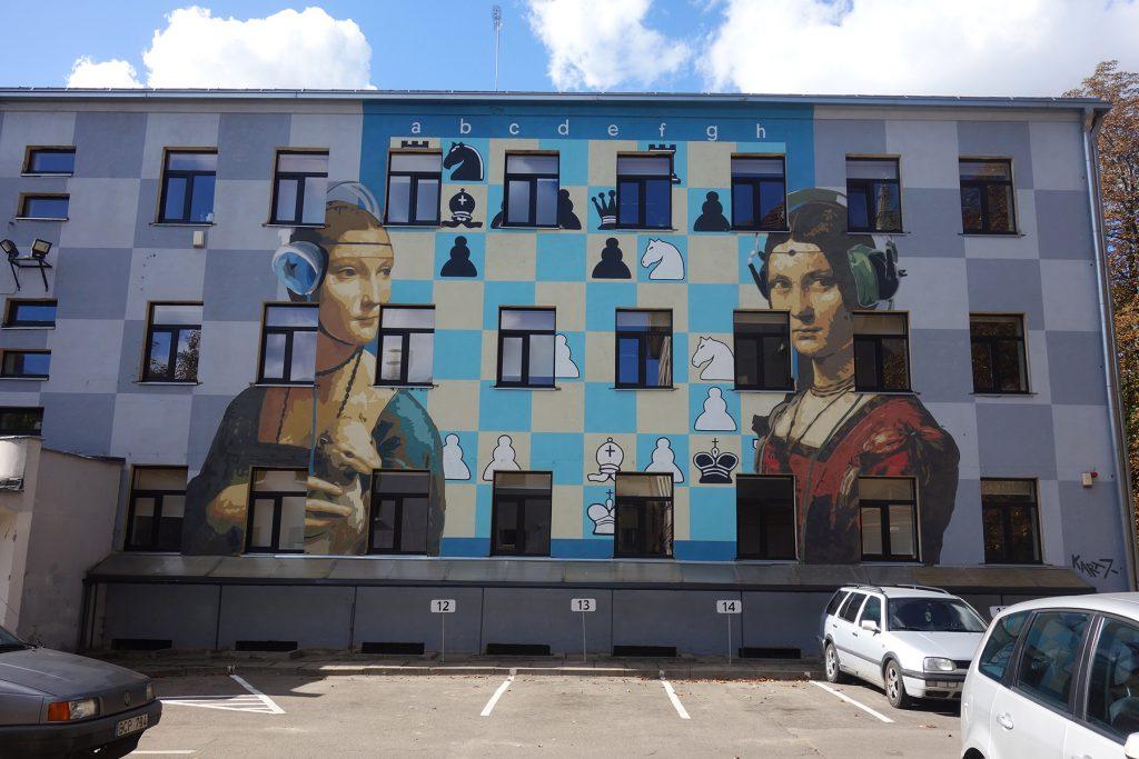 Da Vinci chess street art Kaunas