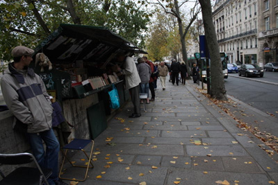 paris-streets-in-autumn