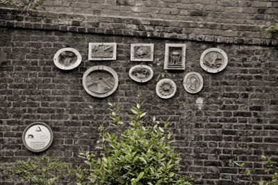 Regents-canal-bricks