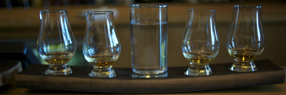 edinburgh-whisky-bars-scotch