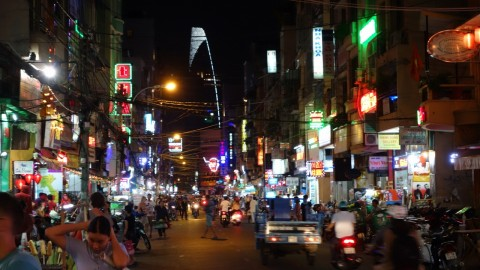 Ho Chi Minh nightlife bars and restaurants vietnam