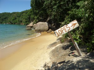 This way to Lopes Mendes!