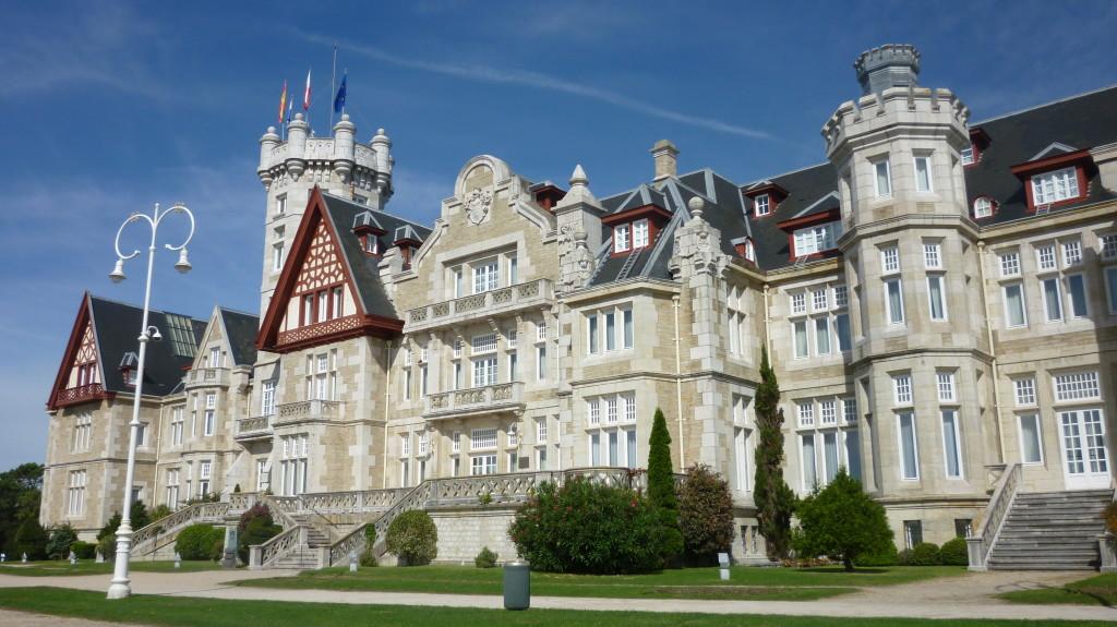 A princely palace. Photo credit Wikimedia.