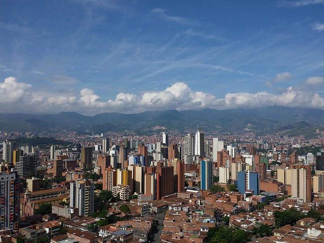Modern Medellin is an intriguing city to visit / Source: Secretaría de Movilidad de Medellín, Flickr, cc by