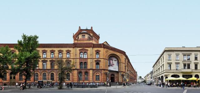 Berlin_Architecture_07_Postfuhramt