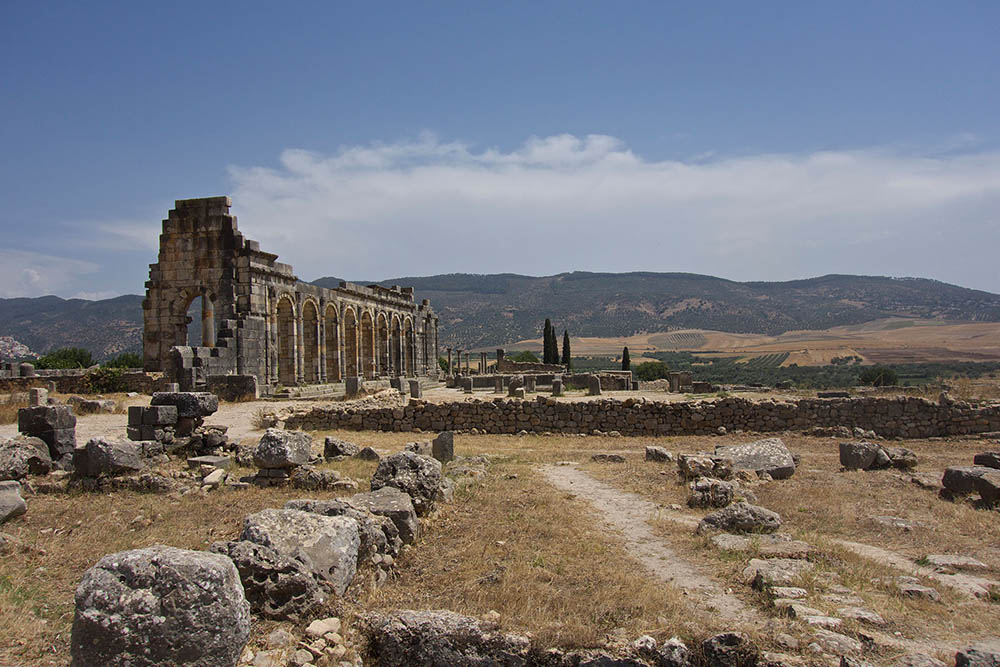 Volubilis-land-walls