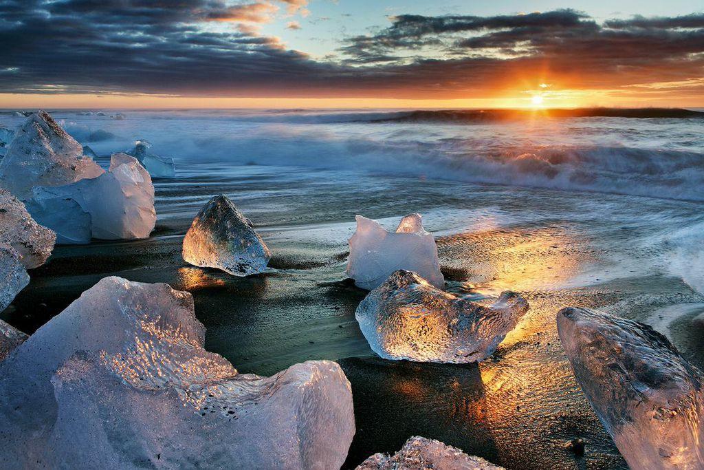 A spectacular sunset over an Icelandic beach...