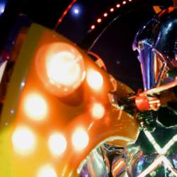 robot-cabaret-tokyo-japan