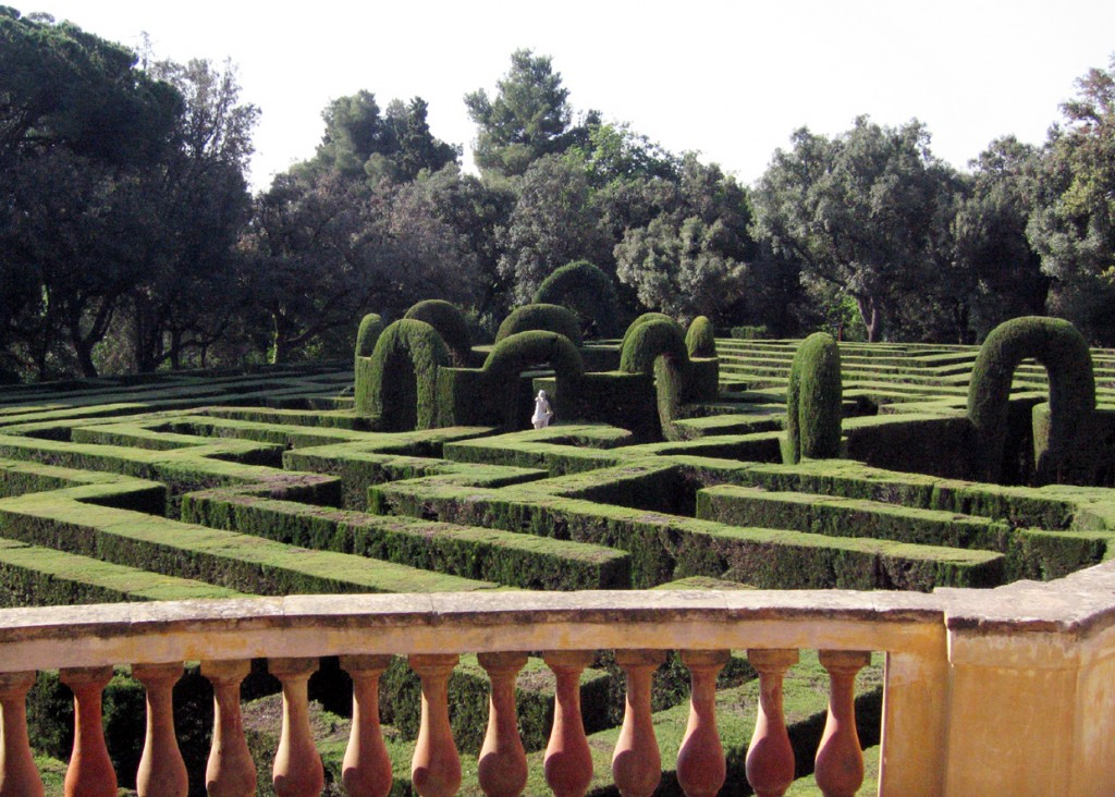 Lose yourself in Labyrinth park (Photo by Till F. Teenck).