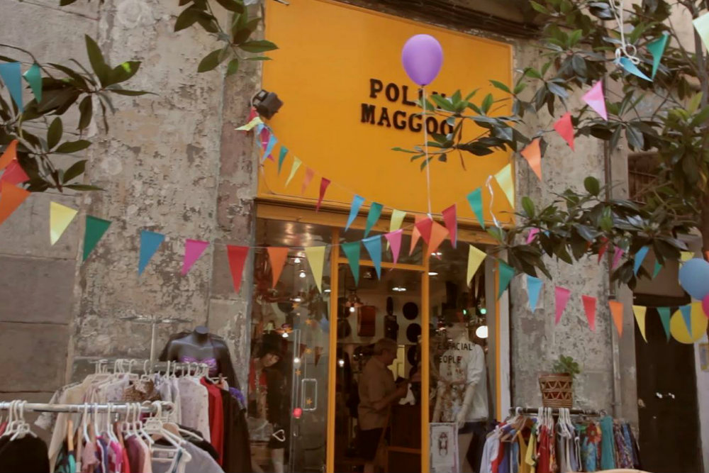 (Photo by Riera Baixa Street).