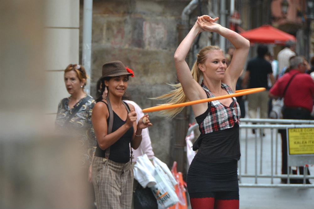 bilbao street performers large