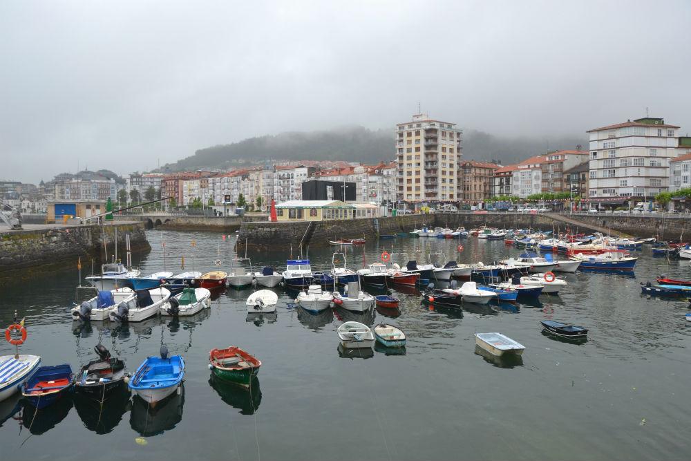 A grey day in Castro Urdiales...