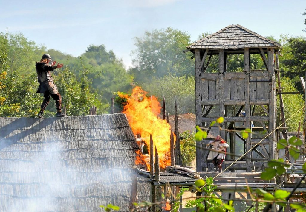 Vikings attack! (Photo from Le Puy du Fou)