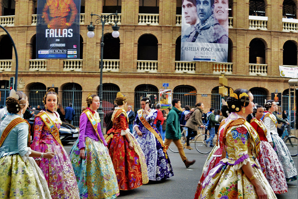 final-parade-in-las-fallas-valencia