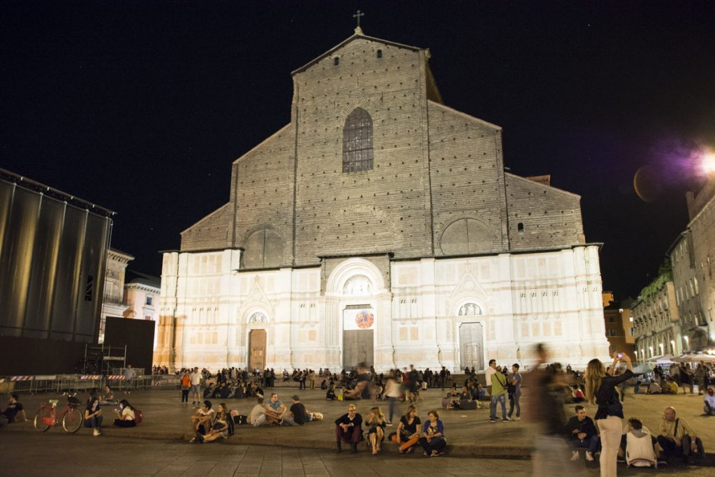 Night life lights up at Piazza Maggiore.