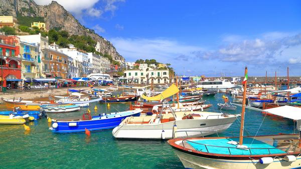 marina-grande-in-capri-capri-island-italy